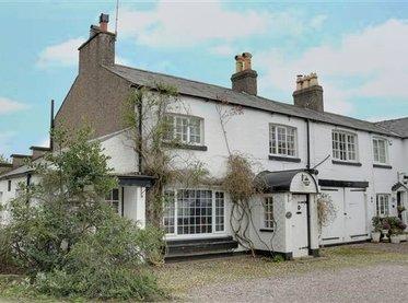 1 White Lodge Mews, Norley Road,cuddington